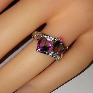 Heart cut silver ring